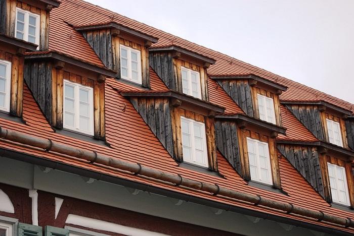 Strešné okno má svoje pre a proti